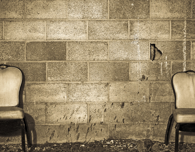 20100512202723_two_chairs